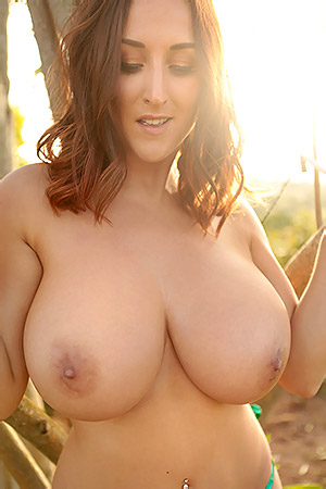 Big Boobed Babe Stacey Poole