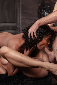 Desiree Dulce And Misty Stone Spreads Her Legs