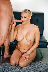 Blonde Mom Ryan Keely Getting Drilled Hard