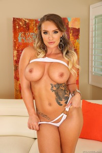 Cali Carter Steamy Swallow Of Sperm