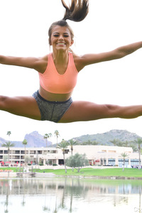 Sporty Chick FTV Carmen Doing Yoga