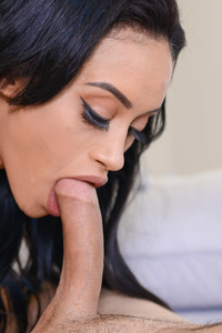 Gia Vendetti Takes A Mouthful Of Cum