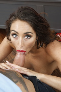 Christiana Cinn Wants To Be Filled, Pounded And Stretched