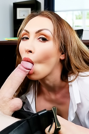 Riley Star And Yasmin Scott Fucks With Boss