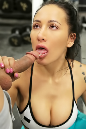 Brunette Amia Miley Fucks Hardcore In The Gym