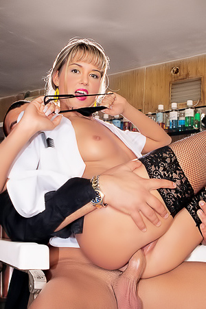 Nikki Montana service 4 adults only
