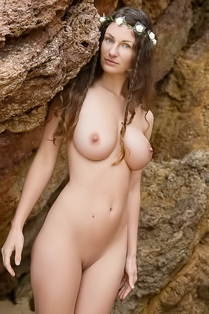 Susann naked in nature