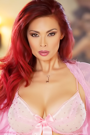 Tera Patrick Unveils Her Massive Boobs