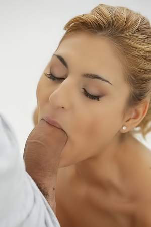 Sarah Cute Morning Anal With Raul Costa