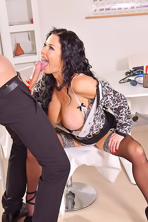 Veronica Avluv Gets Fucked In All Holes
