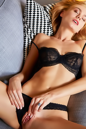 Nancy Black Lingerie
