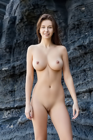 Alisa I Is A Busty Beauty Nude Outdoors