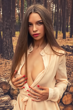 Alina Strips Naked In The Woods