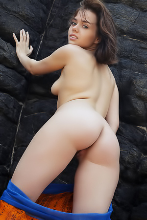 Cute Brunette Keira Blue Loves To Be Naked In Nature, Letting Her Flimsy Wrap Drop As She Enjoys The Solitude Of Her Secret Cove