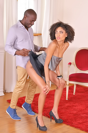 Luna Corazon dances in front of her man before sex