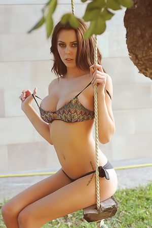 Jennifer Ann Nude On The Swing