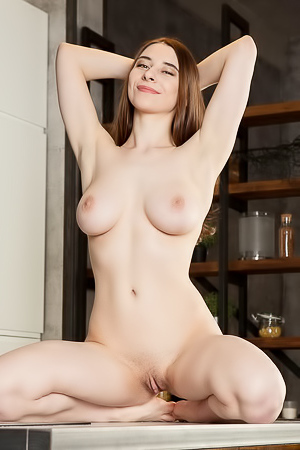 Clary - Naughty hottie masturbates when drinking fresh juice