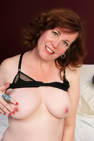 Charli Hope Chubby Charli Hope rubs clit with a sex toy