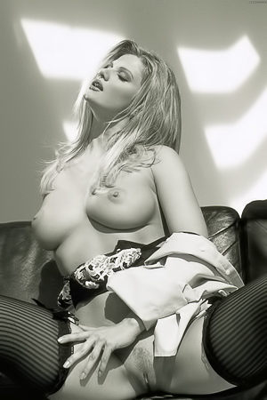 Hot In Bw