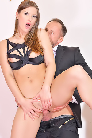 Jenifer Jane Mouth-watering Anal Action
