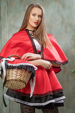 Stasy Cruz Red Riding Hood 1