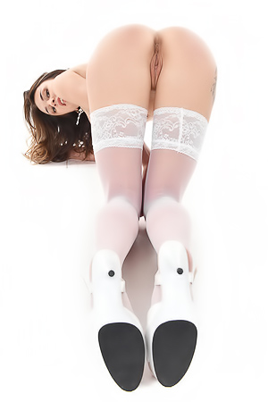 Alya Stark Posing In White Stockings And Spreads Her Legs