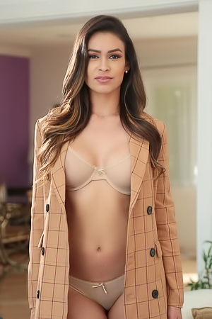 Katana Kombat Successful Real Estate Agent In Sex Orgasms