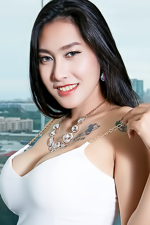 Busty and Tattooed Asian: Linlin