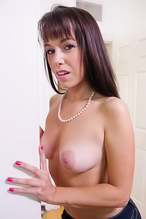 Alana Cruise Please A Man With A Deep And Sloppy Blowjob