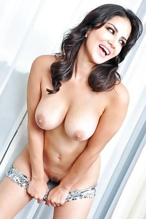 Porno sunny leon Sunny Leone