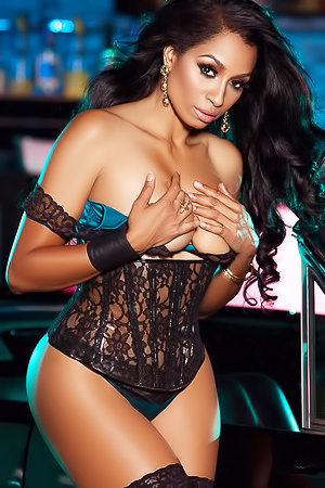 Karlie Redd In Cruising picture gallery