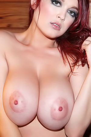 Tessa Fowler via Tessa Fowler Official